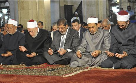 Egypt's Mohamed Morsi prayer
