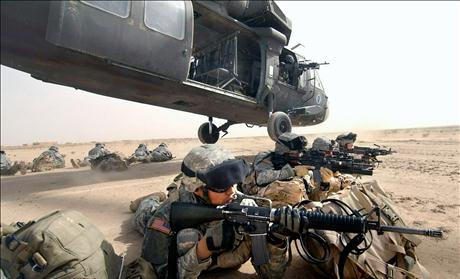 US soldiers secure landing zone during operation in northern Iraq