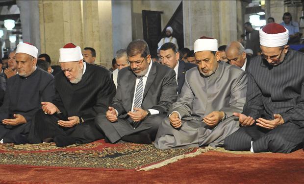 Egypt's Mohamed Morsi prayer