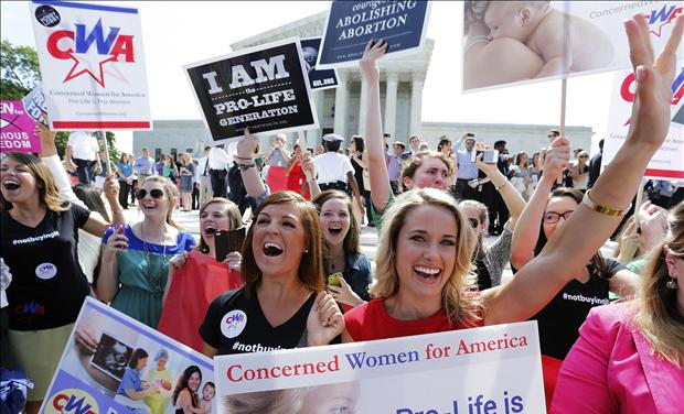 Pro-life supporters celebrate HHS Mandate Case