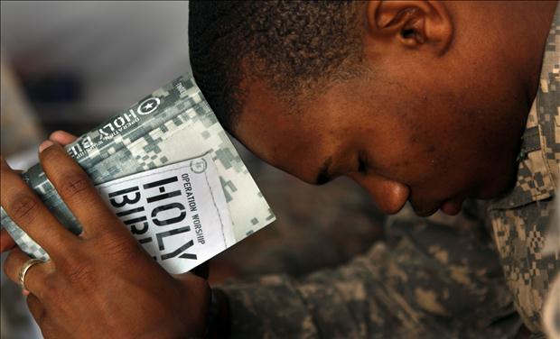 """""""So help me God"""" The Latest Target of Anti-Christian Proselytizing in the Military Rtr2dne6"""